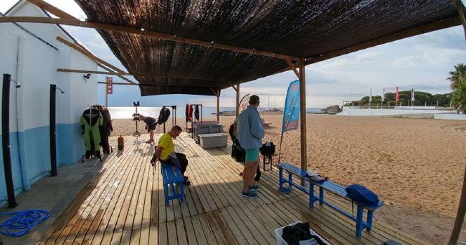 buceo en platja d'aro Exterior del centro de buceo Ictinio